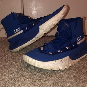 Blue Stephen Curry shoes